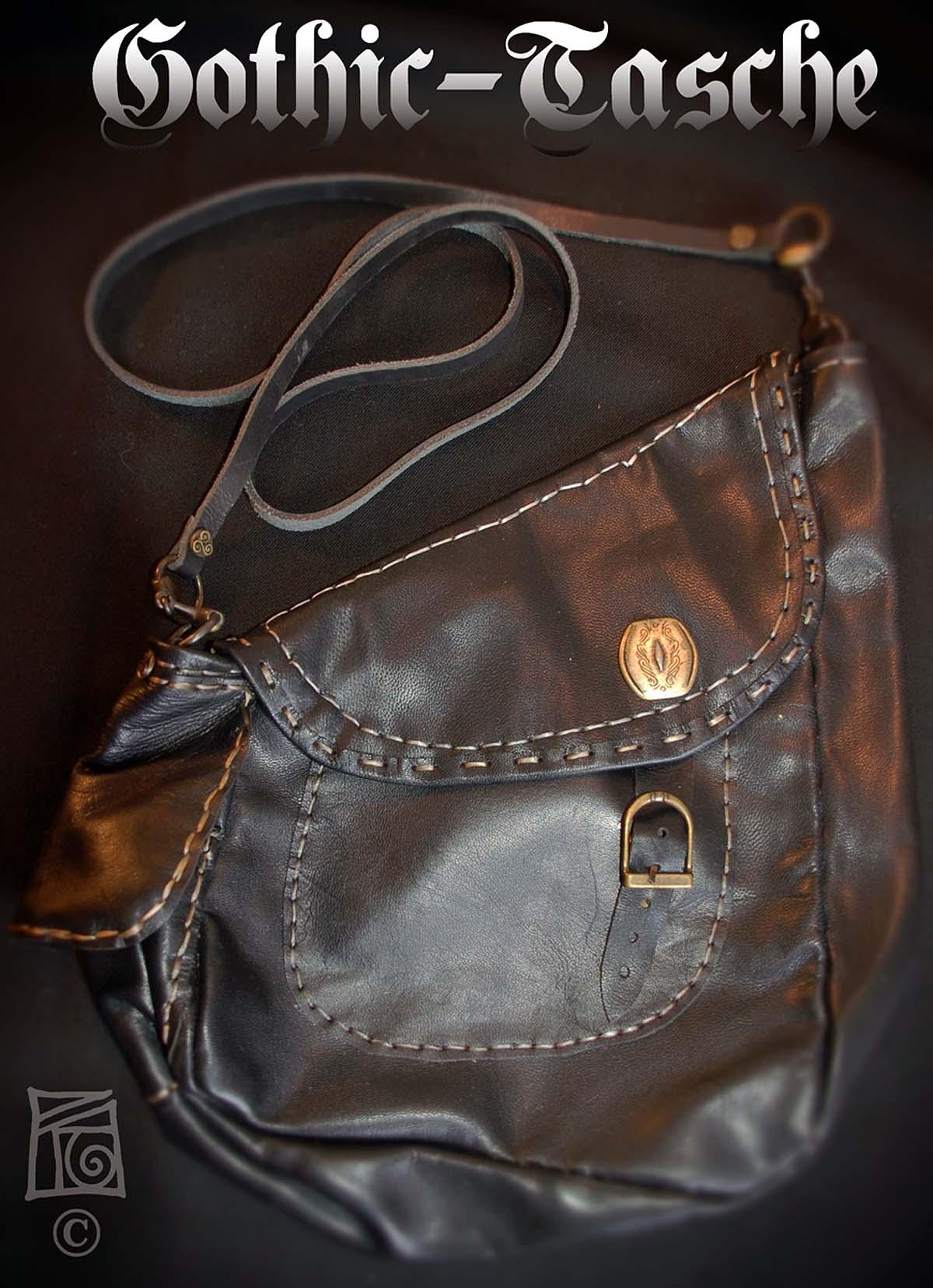 13-Gothic-Tasche